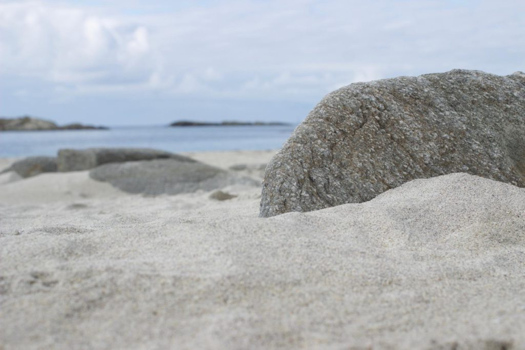 rock-1024x683